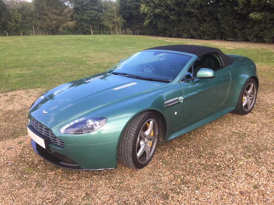 Aston Martin Vantage V8S Volante