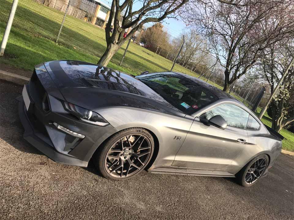 Ford Mustang V8 RTR Spec 2